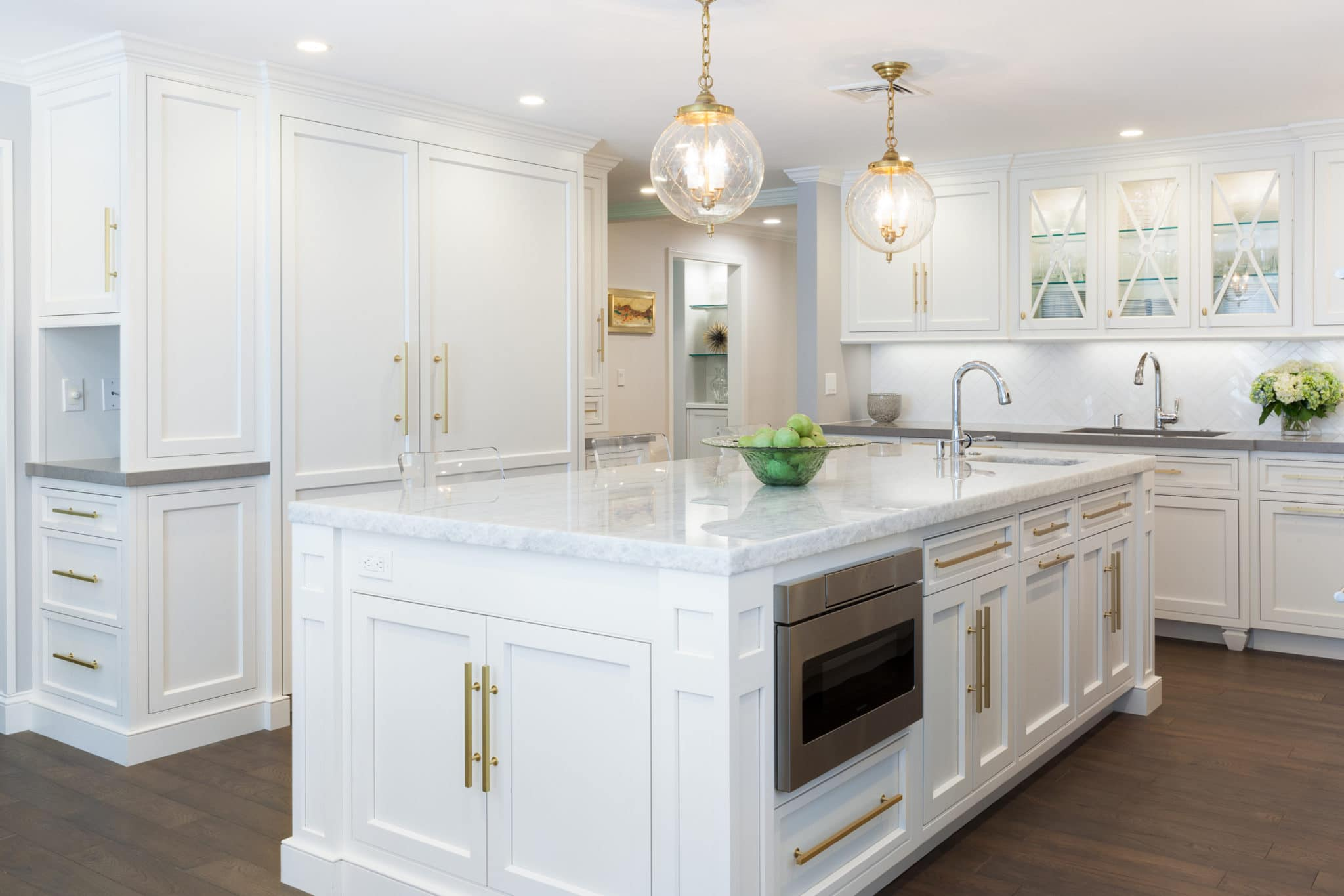 polish for white kitchen cabinets cabinets metropolitan cabinets 24821