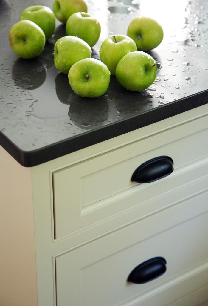 Met 6 14 Kitchen Detail 6 Metropolitan Cabinets