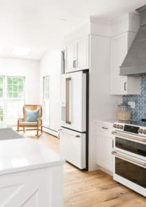 white-kitchen-appliances